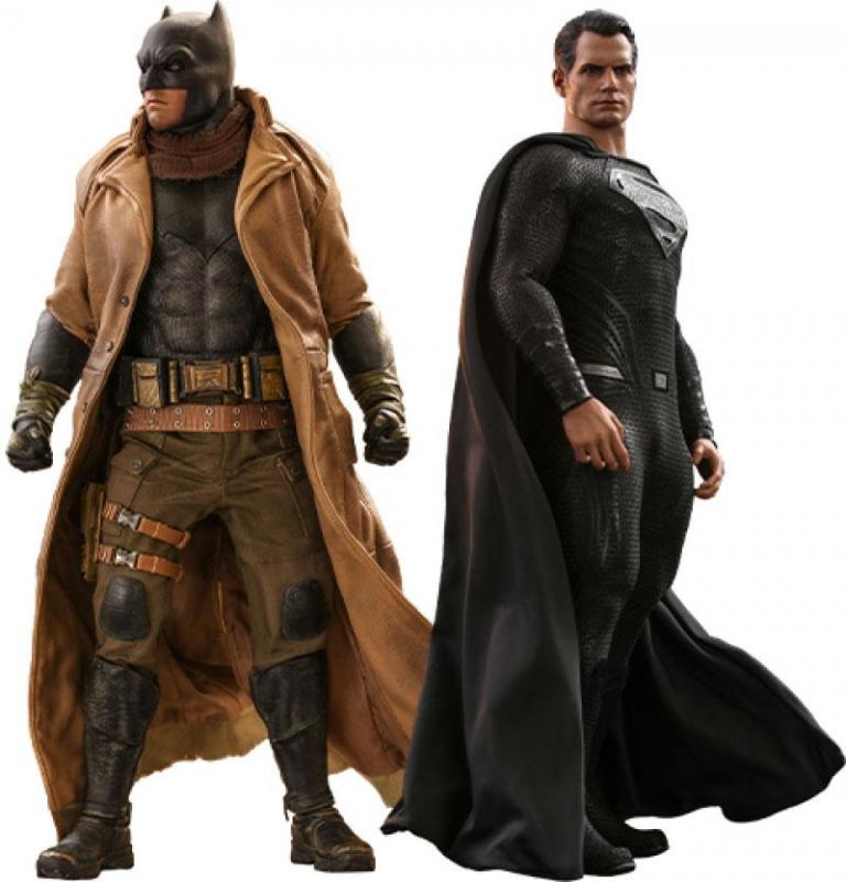 Zack Snyder's Justice League: Knightmare Batman and Superman 1/6 Action Figures - Hot Toys