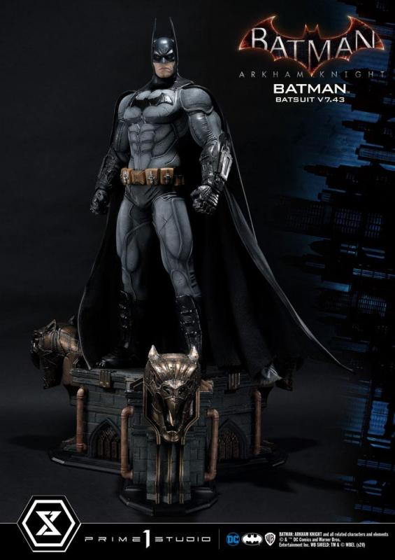 Batman Arkham Knight 1/3 Statue Batman Batsuit v7.43 86 cm