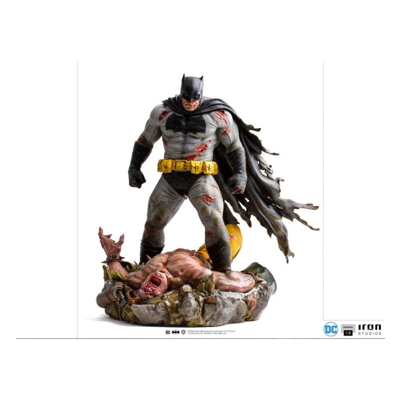 Batman The Dark Knight: Batman - Returns Diorama 1/6 - Iron Studios