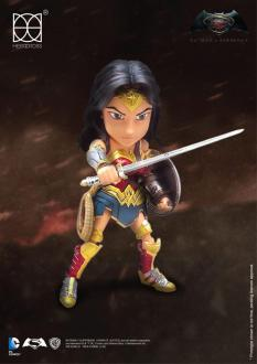 Batman v Superman Hybrid Metal Figure Wonder Woman 14cm