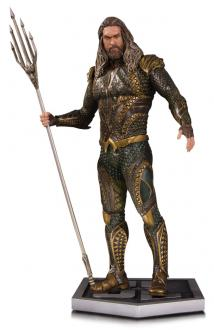 Justice League Movie Statue Aquaman 34 cm