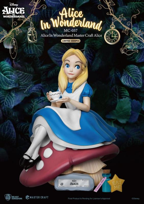 Alice In Wonderland: Alice 36 cm Master Craft Statue - Beast Kingdom Toys