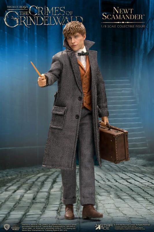 Fantastic Beasts 2 Real Master Series Action Figure 1/8 Newt Scamander 23 cm