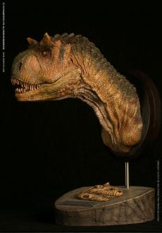 Paleontology World Museum Collection Series Bust Carnotaurus Female Green Ver. 25 cm