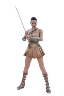 Wonder Woman in Training Outfit 1/6 Statue 32 cm