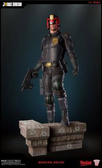 2000 AD Statue 1/4 Judge Dredd 55 cm - Pop Culture Shock