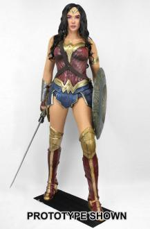 Wonder Woman Life-Size Statue Wonder Woman 185 cm - Neca