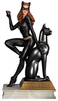 Batman Classics Collection Maquette Catwoman 30 cm